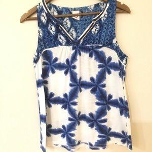 Anthropologie sleeveless blouse blue and white SML